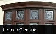 windows frames cleaning